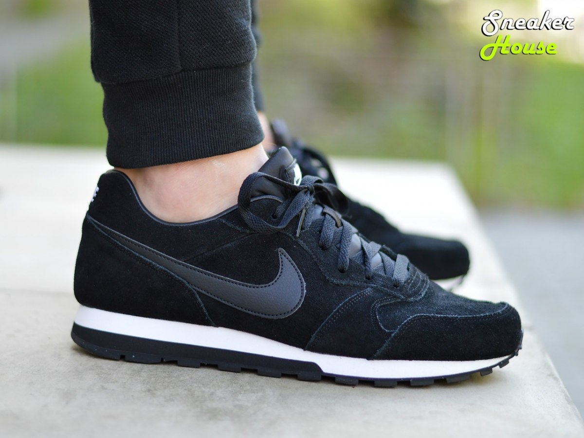 nike md runner 2 leather 819834 001 mens sneakers ebay. Black Bedroom Furniture Sets. Home Design Ideas