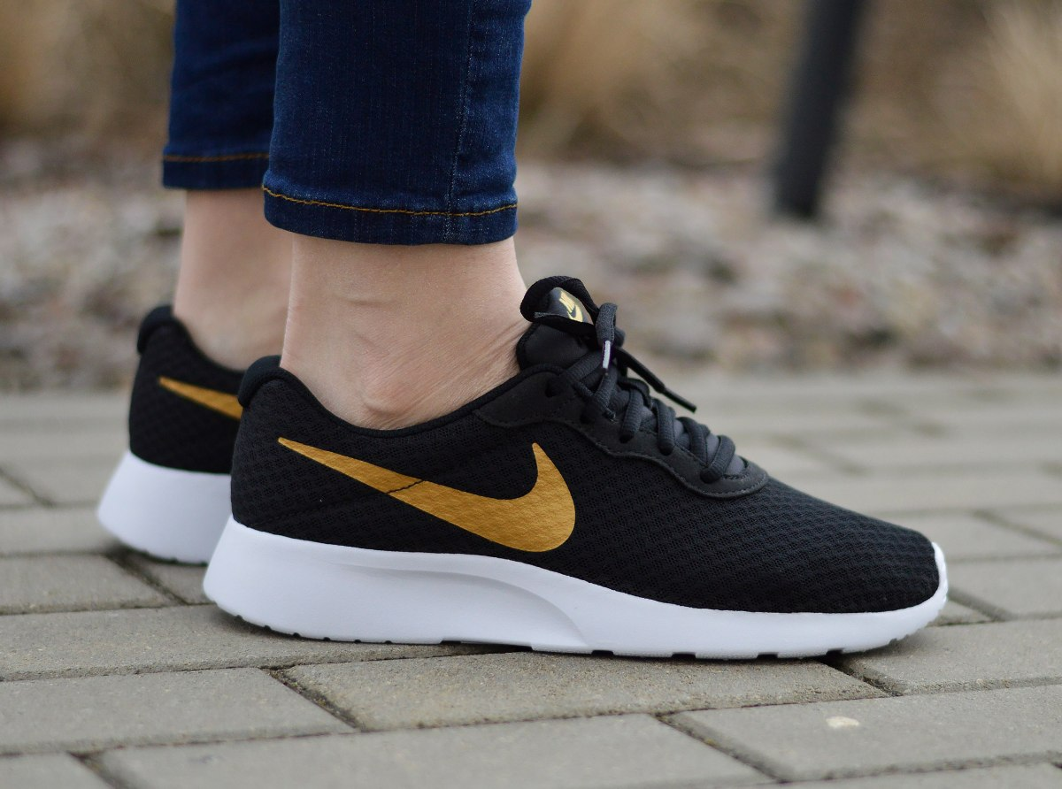 la meilleure attitude 6df72 bece7 Details about Nike Tanjun 812655-004 Women's Sneakers